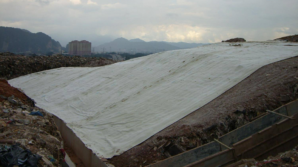 Landfill capping Geosynthetic Clay Liner GCL Drainage System